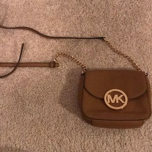 Michael kors crossbody/satchel purse
